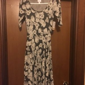 NEW LulaRoe Nicole Dress W/Tags Black White Floral